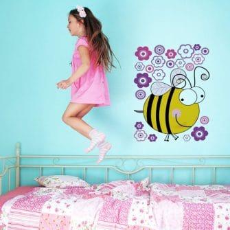 Naklejka dla dzieci z pszczółką