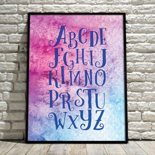 Plakat z literami alfabetu