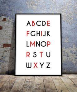 Dekoracja na ścianę z literami