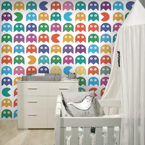 Dekoracja z kolorowymi pacmacami