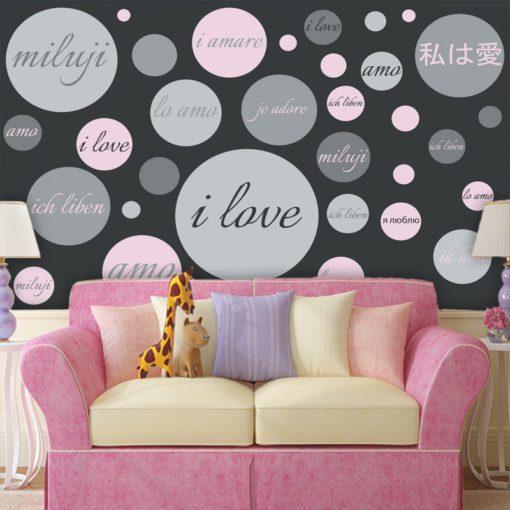 Ciekawa dekoracja w modnej kolorystyce do pokoju dziewczyny