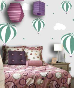Tapeta w baloniki i chmurki do pokoju dziecka