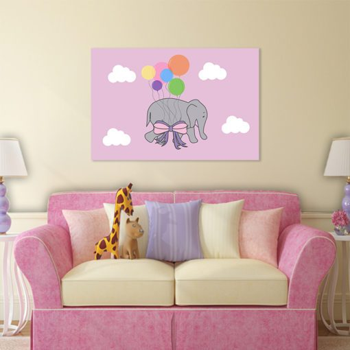 chmurki i słonik na obrazie dla dziecka