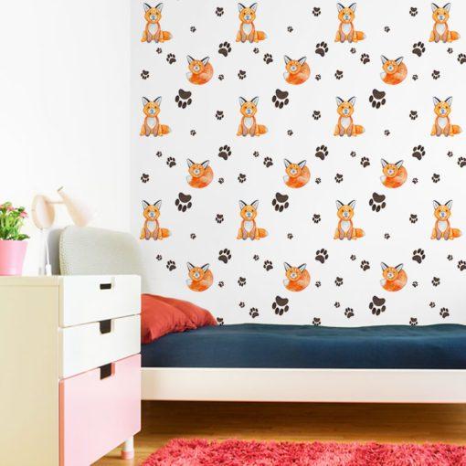 łapki i liski w pokoju u dziecka