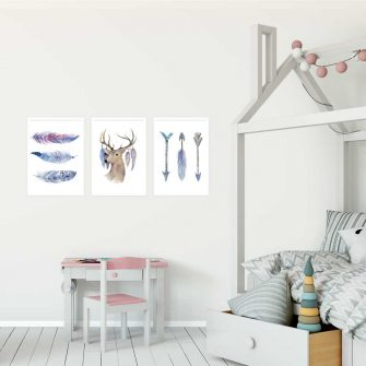 potrójny plakat do pokoju dziecka z motywem jelenia i piór