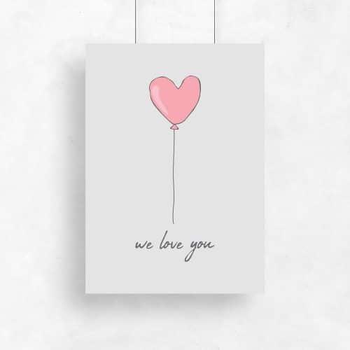 balon w kształcie serca na plakacie