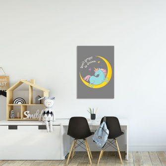 plakat z księżycem