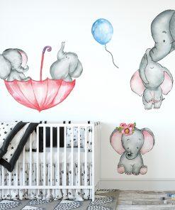 słoniki na ścianie