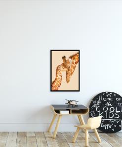 motyw dwóch żyrafek na plakacie