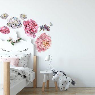 naklejka kwiaty piwonii nad łóżko dziecka