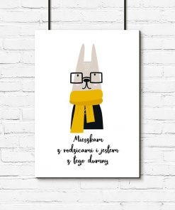plakat królik w okularach i napis o domu