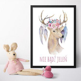 plakat z jeleniem i piórami