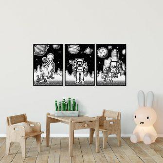 Tryptyk plakatowy z astronauta i kosmitami w kosmosie